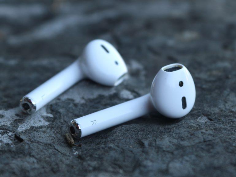 Quelles sont les différences importantes entre les marques d'écouteurs sans fil?